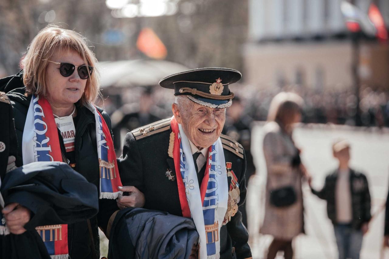 День Победы в СПб на Дворцовой_0024