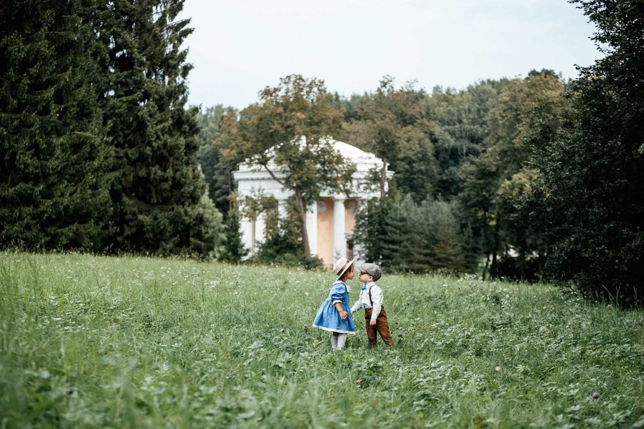 Фотопрогулка Матвея и Амелии в Павловске.